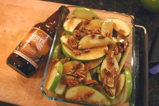 Pecan Caramel Apple Crisp